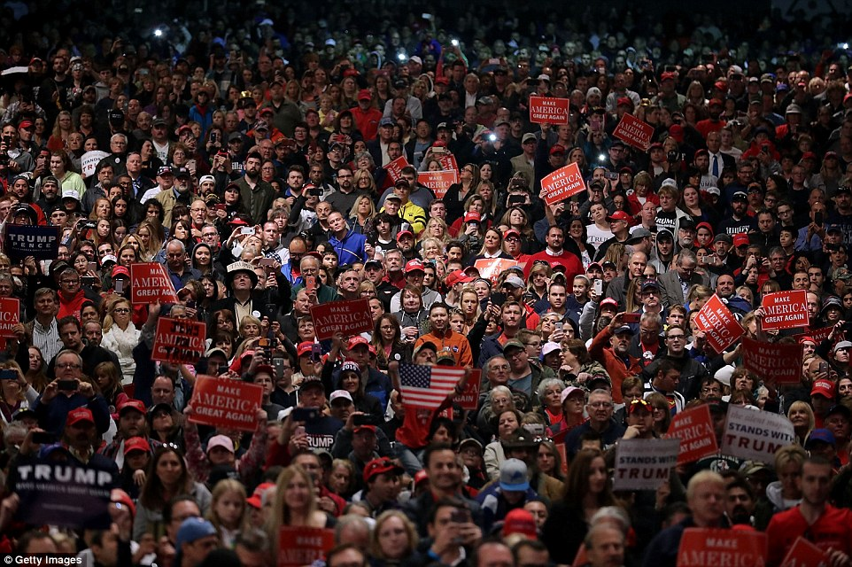 3a221c1300000578-3911032-thousands_of_trump_supporters_attended_the_rally_that_was_held_a-a-7_1478485062306